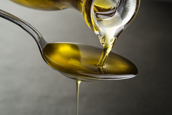 para qué sirve el aceite de cártamo